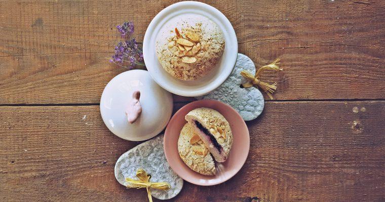 Bezglutenowe bułeczki z oliwkami i migdałowe jagodzianki