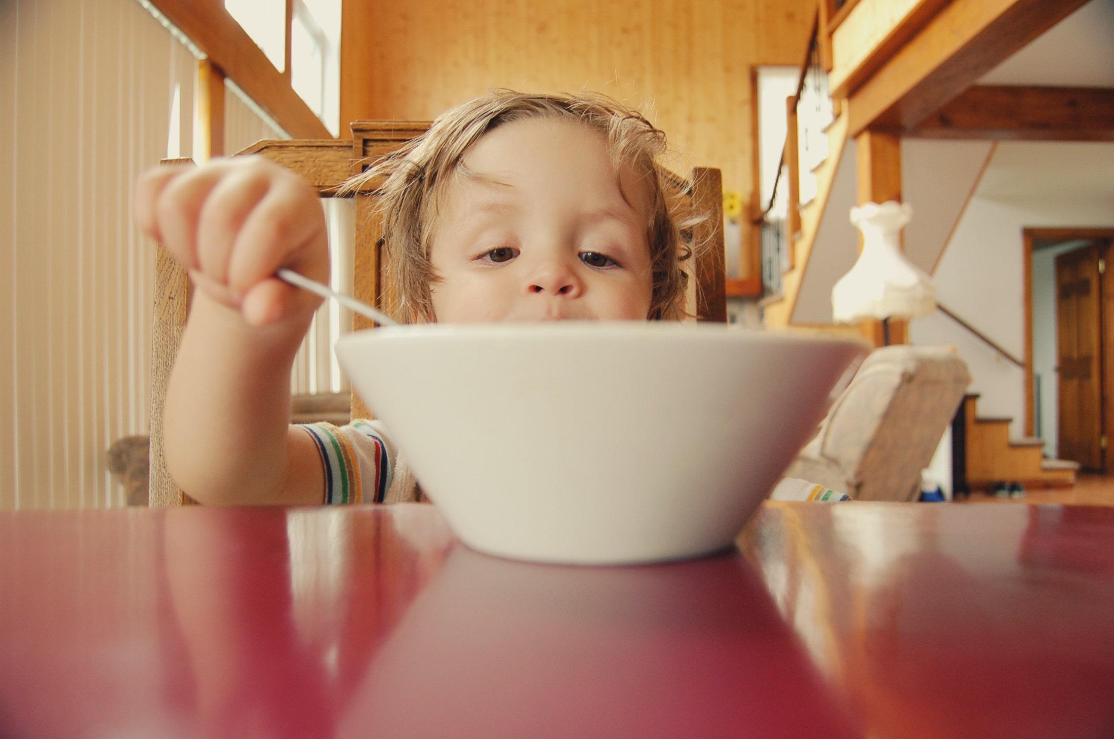 Jak powinny się odżywiać dzieci w szkołach?