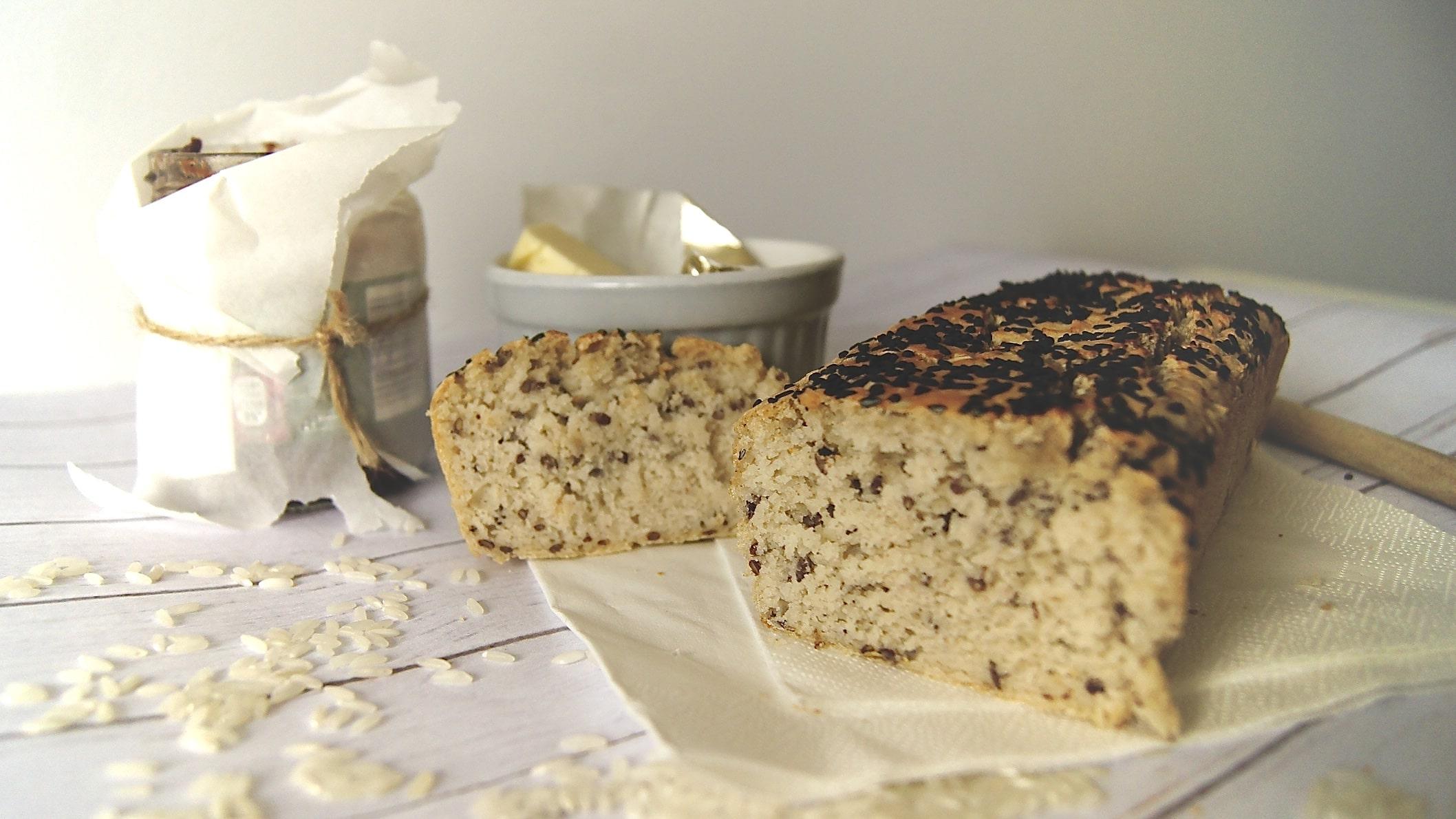 bezglutenowy-chleb-ryzowy-positiveat