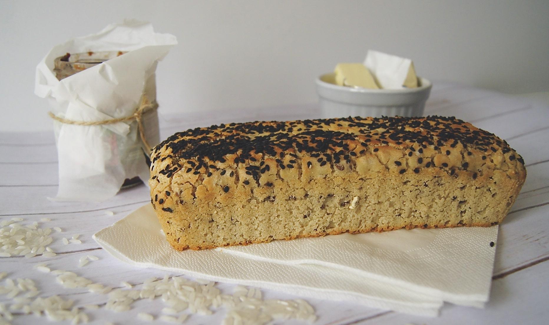 chleb-bezglutenowy-ryzowy-positiveat