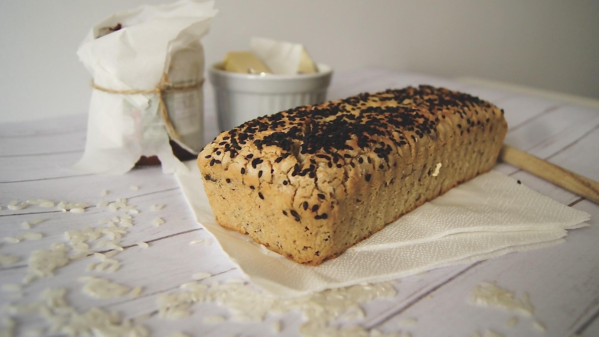 ryzowy-bezglutenowy-chleb